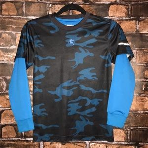 And1 blue camp layered look top